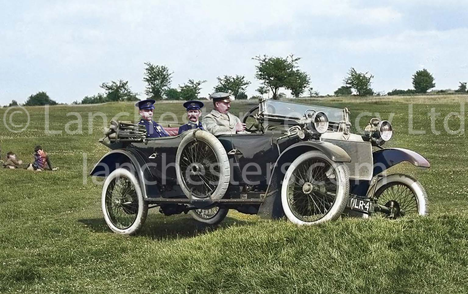 1914 Lanchester 25hp 5-Seat Torpedo Phaeton on Banstead Golf Course